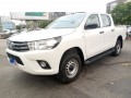 2021-toyota-hilux-small-0