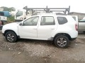 renault-duster-2016-small-0