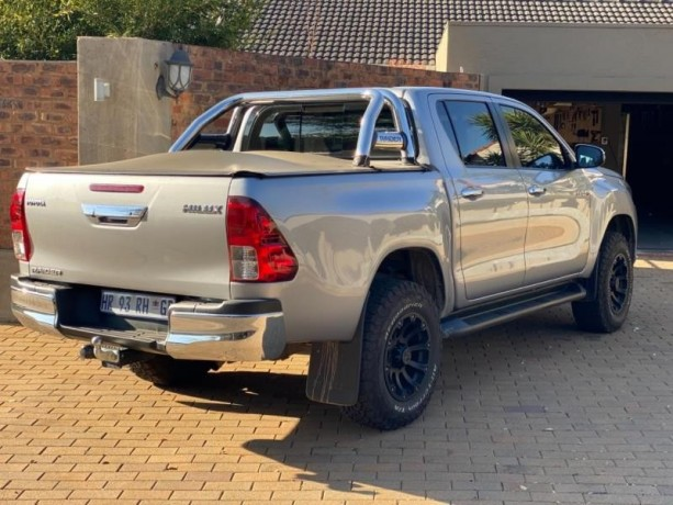 toyota-hilux-28gd-6-4x4-good-condition-with-full-service-history-and-accidents-free-big-1